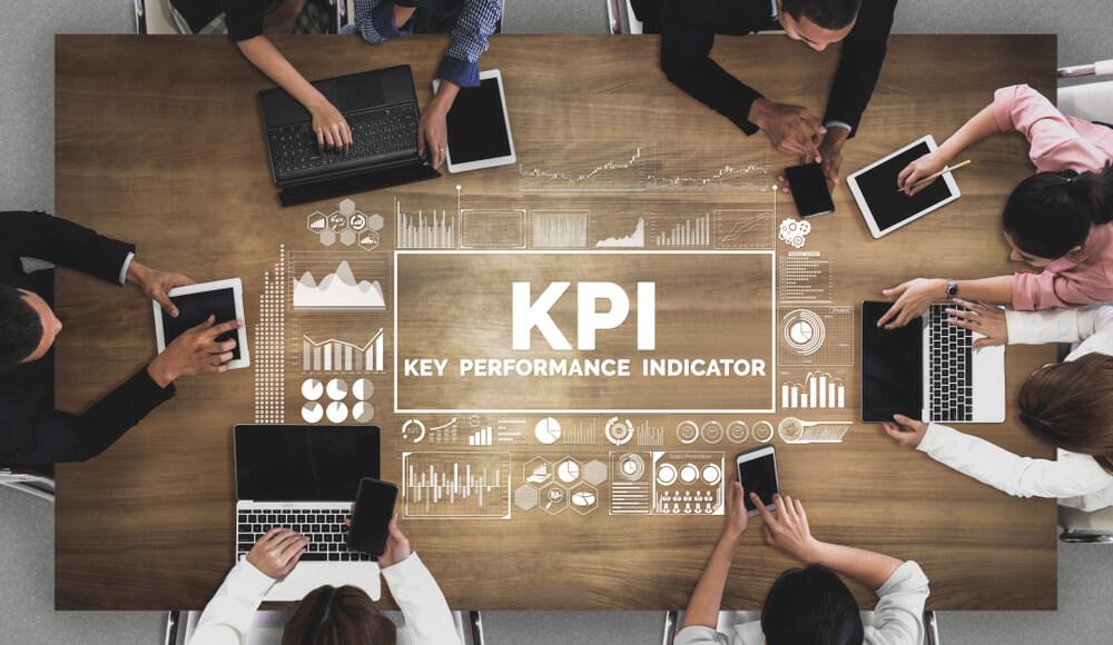 KPI Nedir: Bilinmesi Gereken 10 Temel Performans Göstergesi